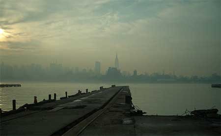 new-york-on-a-misty-day