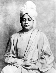 vivekananda_seated_midsize